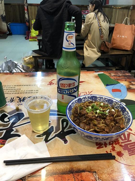 南昌の麺とビール